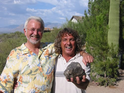 Barry Gheesling on a visit with Bob Haag and the Djermaia main mass in Tucson